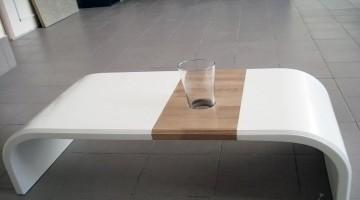 Необычный стол из акрилового камня